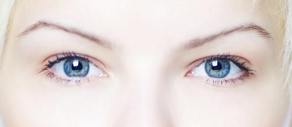 Photo of 6 Hollywood Celebrities with Heterochromia Iridis – The Stunning Eyes