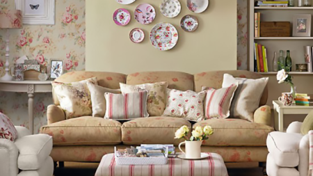 Give Your Home A Retro Touch This Spring With Vintage Style Decorations