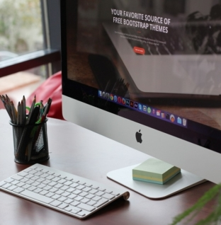 20 Nifty Gadgets That Keep You Healthy At Your Desk