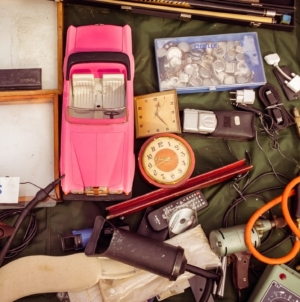 7 Holiday Garage Sale Strategies to Try
