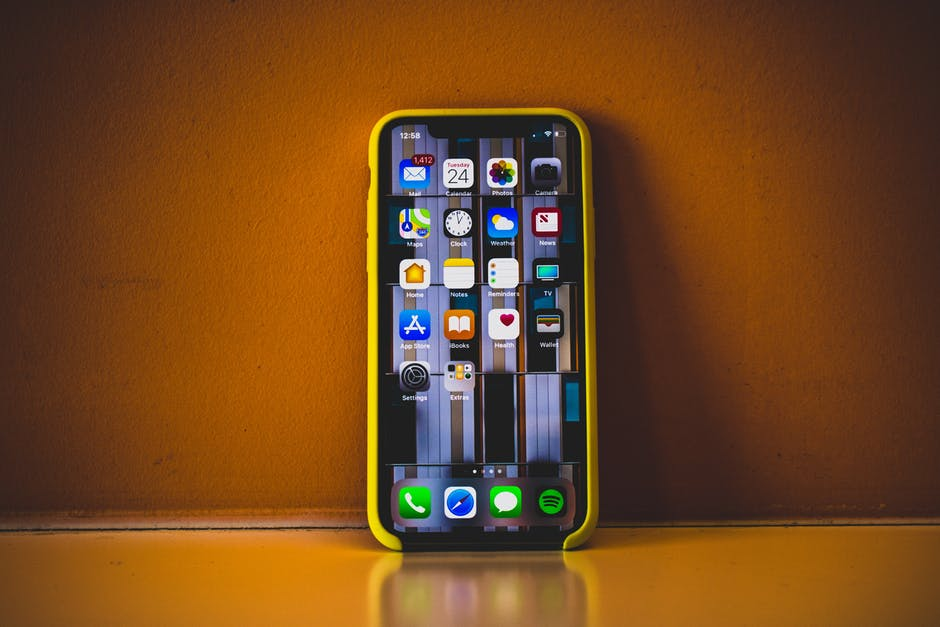 Photo of iOS 11.4 Has a Secret: Here's What iPhone Users Must Take Note